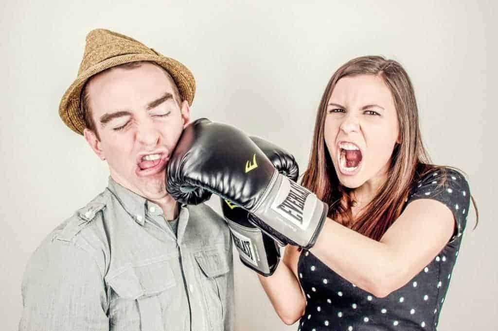 argument-girl-guy
